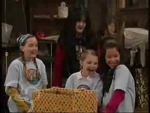 The Suite Life - Maddie gets a Gift