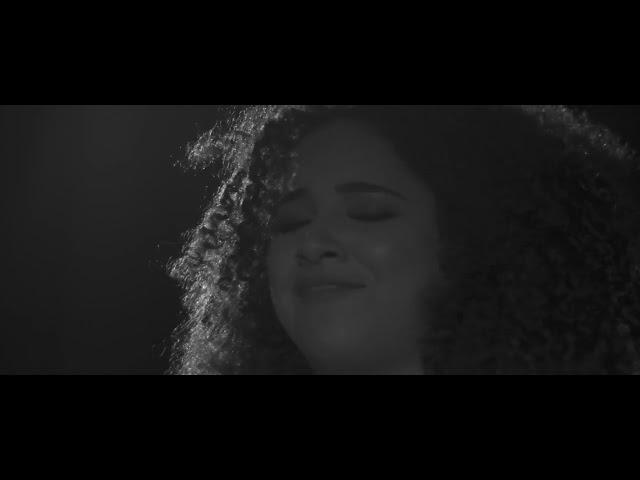 Sarah Beatriz - O maior vilão sou eu [ CLIPE OFICIAL ]