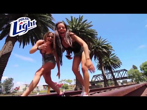 Bailando En Bikini