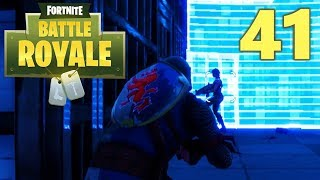 [41] The Smallest Final Zone Ever! (Let's Play FortNite Battle Royale)