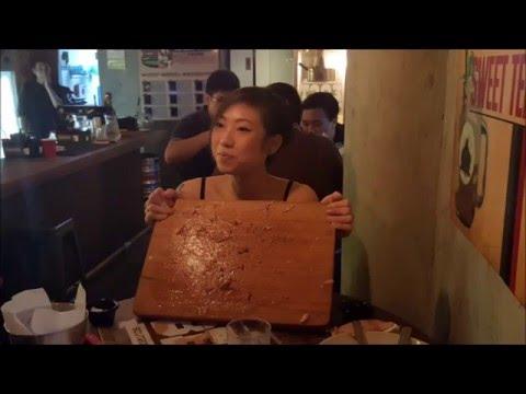 SARAH EATS 3.2KG BURGER IN UNDER 45MIN