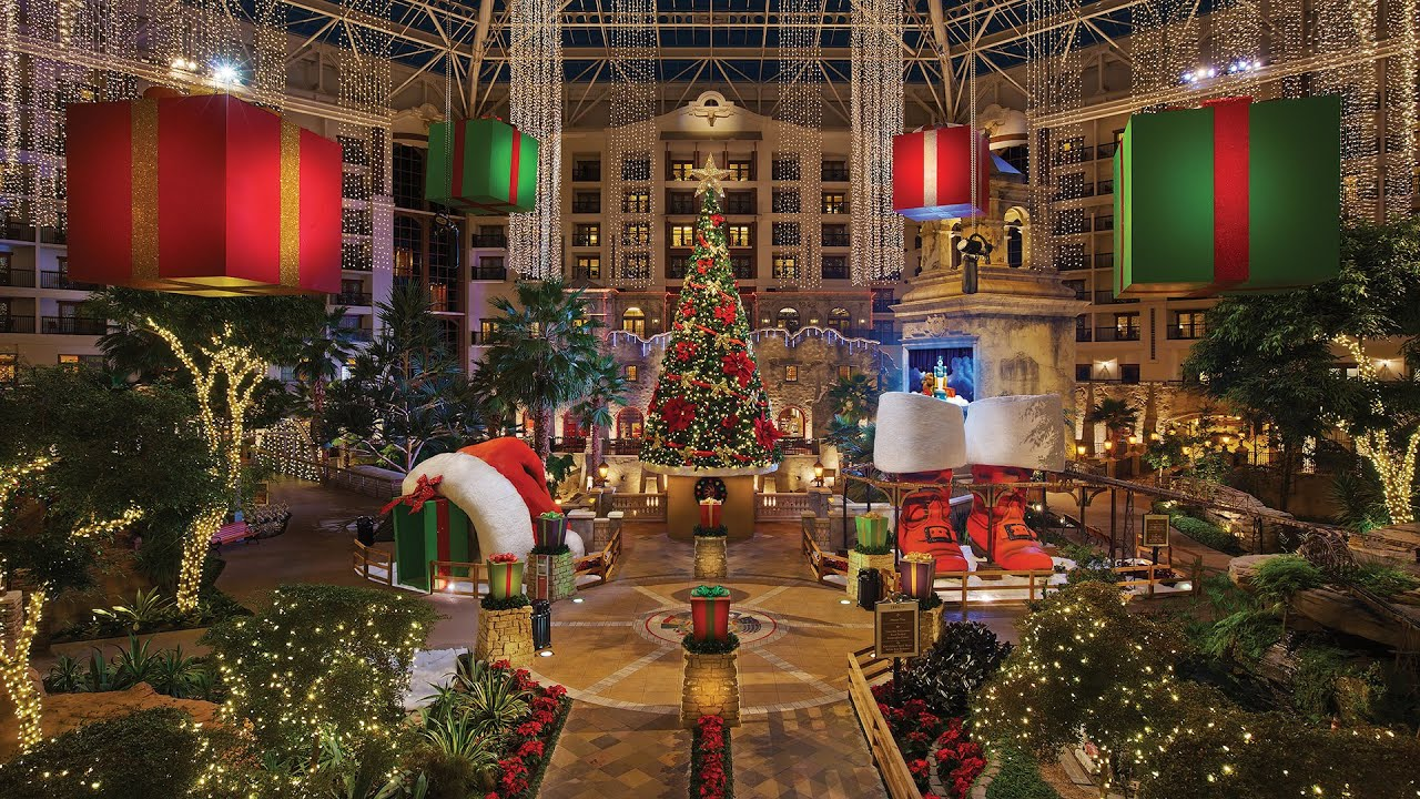 A Lone Star Christmas at Gaylord Texan (2014) - YouTube