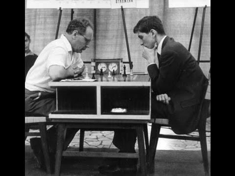 Amazing Chess Game : Mikhail Botvinnik vs Bobby Fischer - Gruenfeld Defence, Varna Olympiad 1962 - YouTube