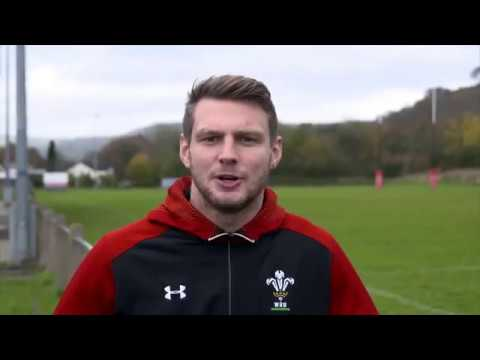 Wales rugby player Dan Biggar surprises our Member Rewards competition winner Laura