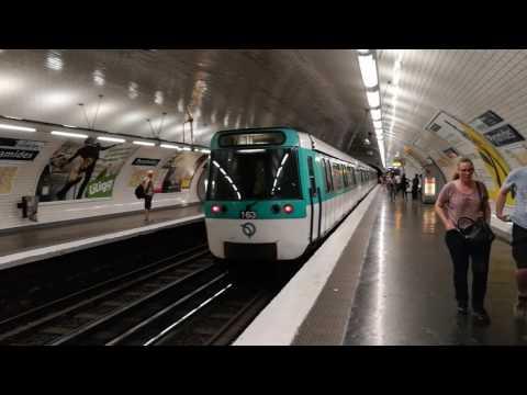 Métro de Paris - ligne 6 (MP73) / ligne 7 (MF77) - diverses stations - juillet 2017