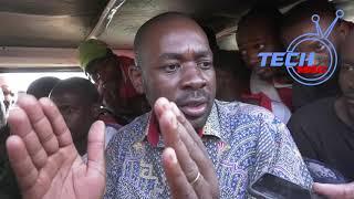 Watch :Chamisa Joins Kombi Passengers, Creates A conversation at Highlen