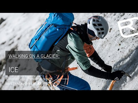 Walking techniques high alpine tours: on ice with crampons & ice axe – Tutorial (10/18) | LAB ICE