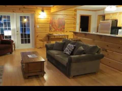 All Season Cottage Rentals - Group Of Seven 3 Bedroom Cottage (Baptiste Lake, ON, Canada)