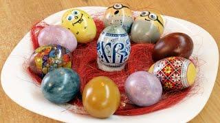 Крашенки / Homemade Easter Eggs Krashenki(Красим пасхальные яйца натуральными красками из овощей, специй и ягод - видео рецепт. Простые способы покра..., 2015-04-09T15:30:34.000Z)