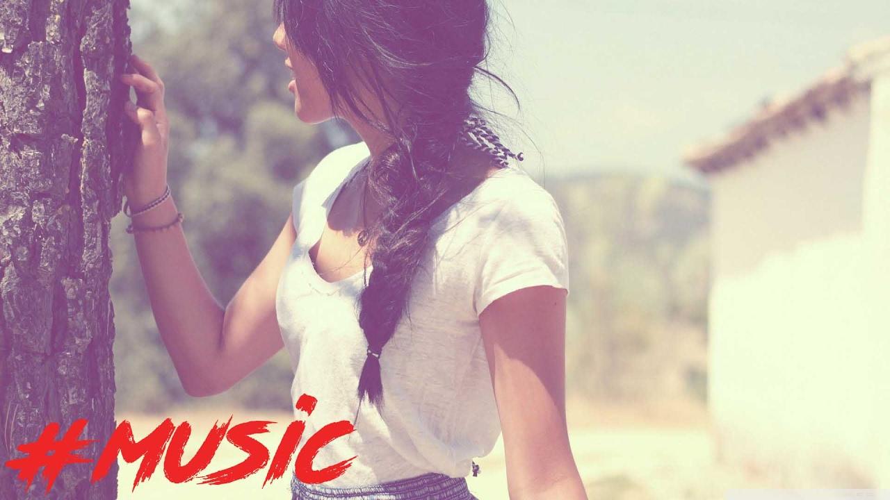 Maître Gims - Habibi (AJAY Moombahton Remix) - YouTube