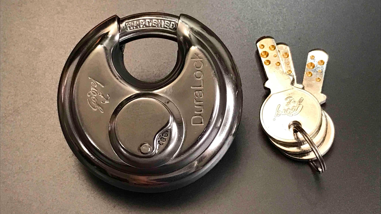 DISC LOCK // ROUND LOCK EXTRA-SECURE DIMPLE KEYS DIFFICULT TO DUPLICATE 70MM