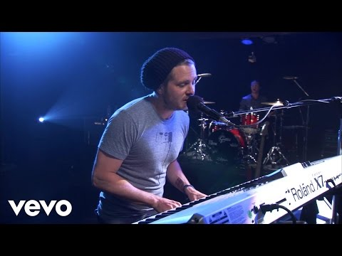 OneRepublic - Apologize (AOL Sessions)