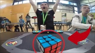 WELTREKORD!!! Dieser Junge löste den Zauberwürfel (Rubik's Cube) in unter 5 Sekunden...