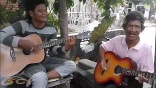 Download lagu Menunggu Rhoma Irama Gitaris Tua MP3