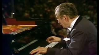 Play Sonata No. 32 In C Minor, Op. 111 I. Maestoso - Allegro Con Brio Ed Appassionato
