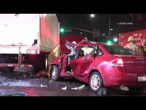 US Mail Truck Traffic Collision / South LA  RAW FOOTAGE