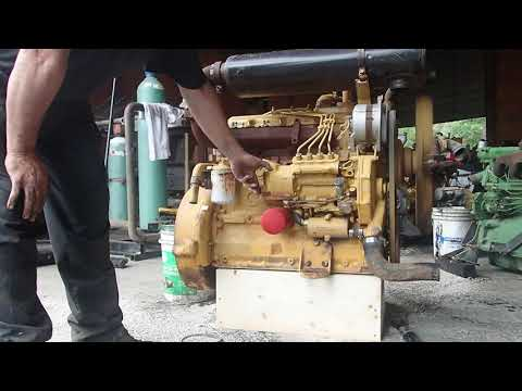 CATERPILLAR 3204 ENGINE STARTUP - YouTube