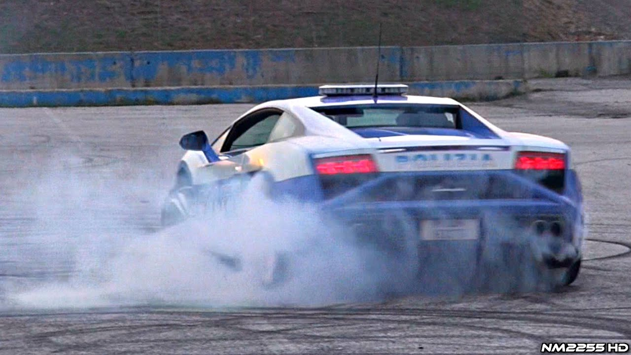 Cop Doing Donuts Burnouts In A Lamborghini Gallardo Police