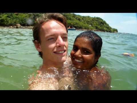 Amazing Sri Lanka 🇱🇰 දී ශ්රී ලංකාවේ ගැහැණු