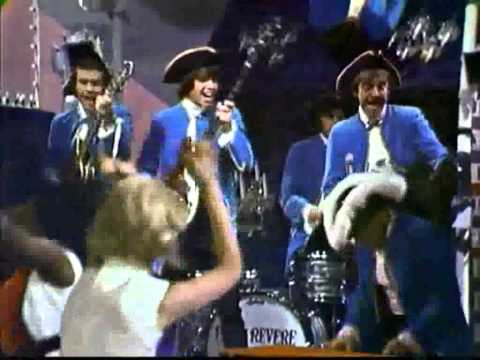 Paul Revere And The Raiders - Steppin' Out (with lyrics) - HD