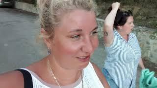 Отдых на море в Крыму Сезон 2020: Черное море, Необычный пляж, Набережные и Отели Алушты!