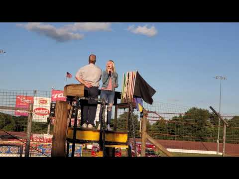 National Anthem Sung By Linnea McKinney 12 Years Old Lernerville Speedway