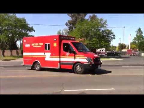 Waves & Close Calls - Sacramento Metro Fire District Medics 109 & 102 Responding Code 3