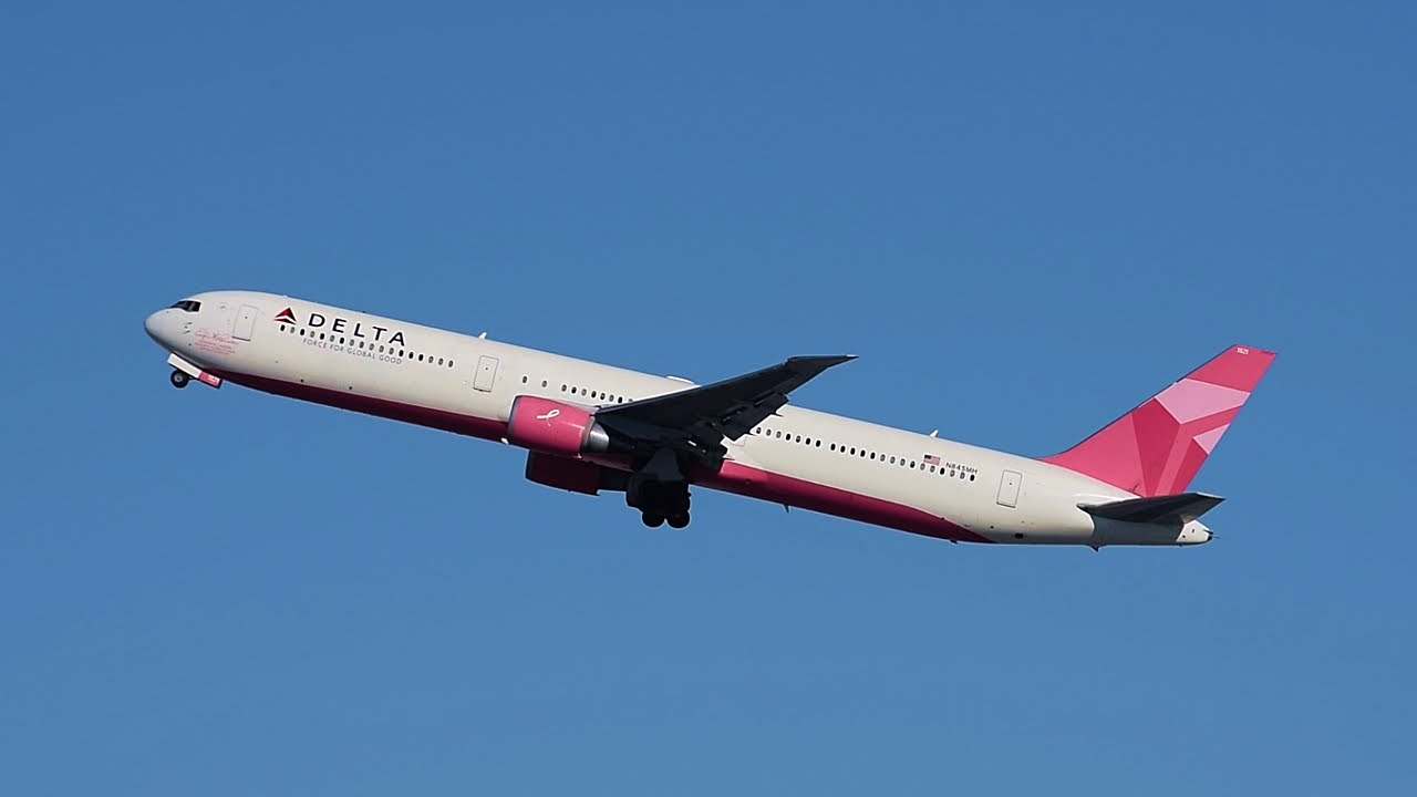 Delta Airlines Quot Breast Cancer Research Foundation Quot Boeing