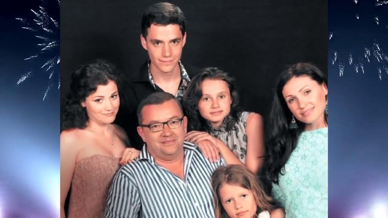 Семья макарских фото с детьми