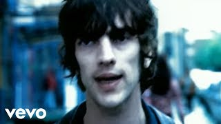 Смотреть клип The Verve - Bitter Sweet Symphony