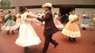 Ballet Folklorico Herencia Mexicana / Chihuahua