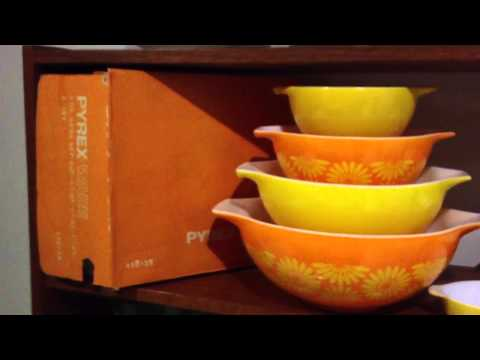 My Vintage Pyrex Collection - Daisy
