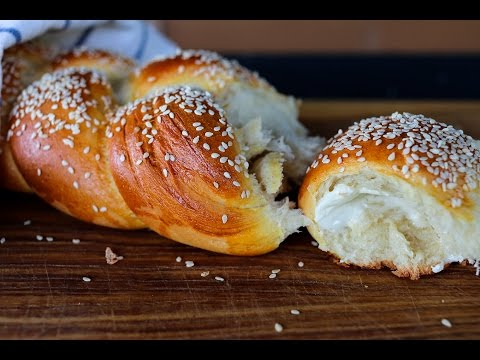 sesame-semolina-bread-video