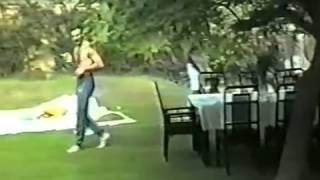 Freddie y Amigos en la mansion de Freddie Mercurym Full.