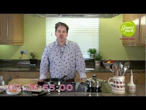 Green Farm - 7 Minute Recipe with Edward Hayden - Red Thai Chicken Curry