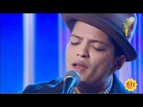 Bruno Mars - Grenade [Unplugged]