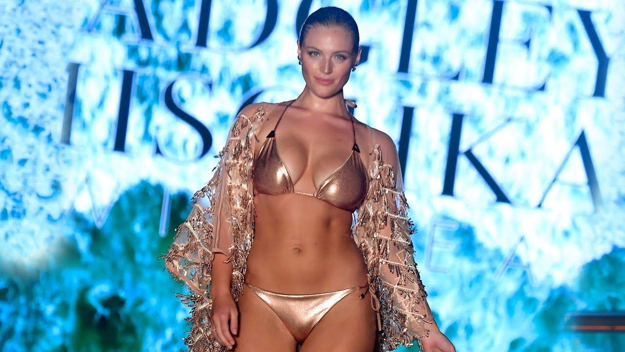Badgley Mischka Spring/Summer 2020 Miami Swim Week