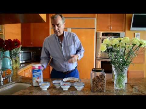 Oatmeal with fruits - a healthy & balanced breakfast
