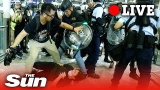 Hong Kong protesters capture 'undercover cop'