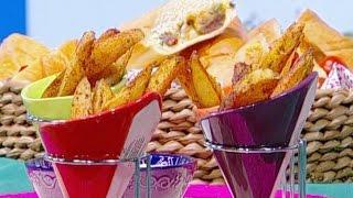 ديما حجاوي تحضر سندويشات الستيك بالجبنة وبطاطا ودجز مع صلصة الرانش