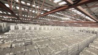 Hedging, reference prices and physical delivery at the London Metal Exchange (LME)