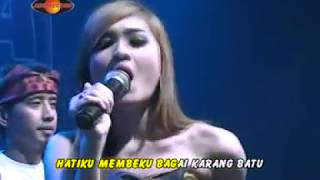Video Nella Kharisma - Beku (Official Music Video) - The Rosta - Aini Record download MP3, 3GP, MP4, WEBM, AVI, FLV Januari 2018