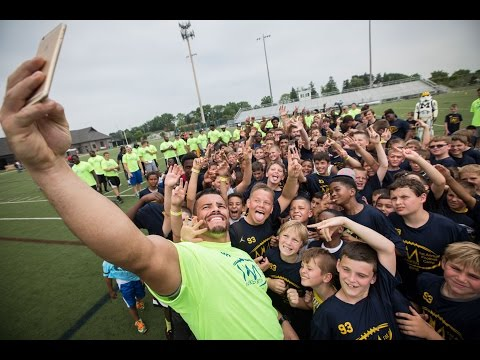 MIKE MARTIN | 2015 Youth Football Gauntlet Presented by Meijer