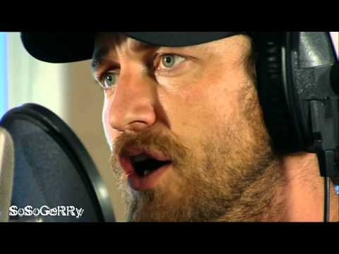 Gerard Butler sings 'The Music of the Night'