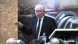 The Quantum Theory of Fields Effective or Fundamental? CERN on 2009-07-07 T16:30