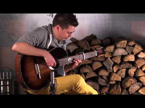 ORTEGA GUITARS   Thomas Zwijsen plays