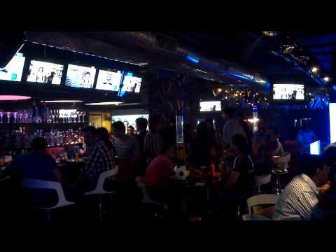 Underdoggs Sports Bar & Grill, New Delhi