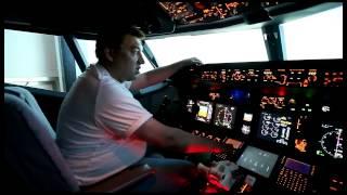 Полет на флайт-симуляторе Boeing 737NG / Boeing 737NG Flight Simulator (часть 1)
