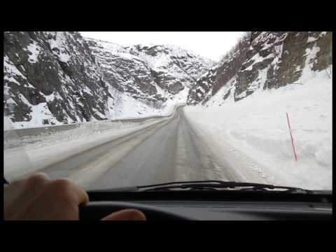 Driving to Nordkapp in winter