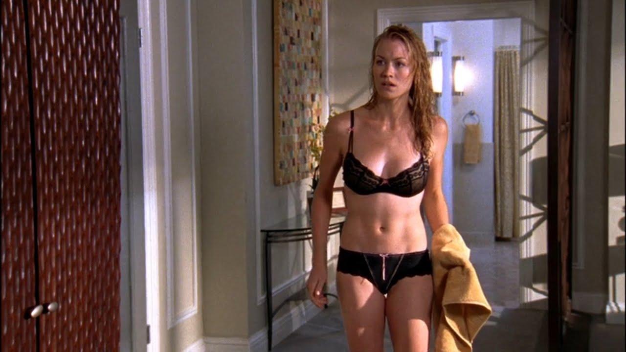 Yvonne Strahovski Hot Sexy Scenes Chuck Youtube